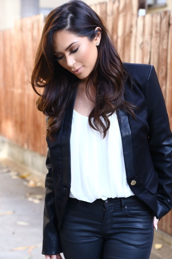 Marianna Hewitt in celeb boutique jayla leather jacket blogger fashion blog los angeles