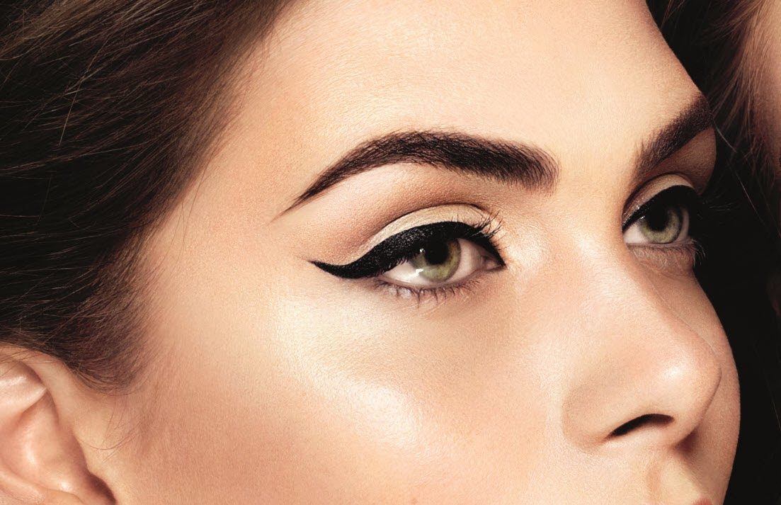 how to the perfect winged liner Achieving the perfect winged liner can be a real struggle have you ever had one of those days when you have tried to be a little adventurous with your top eyeliner and tried a winged one instead.